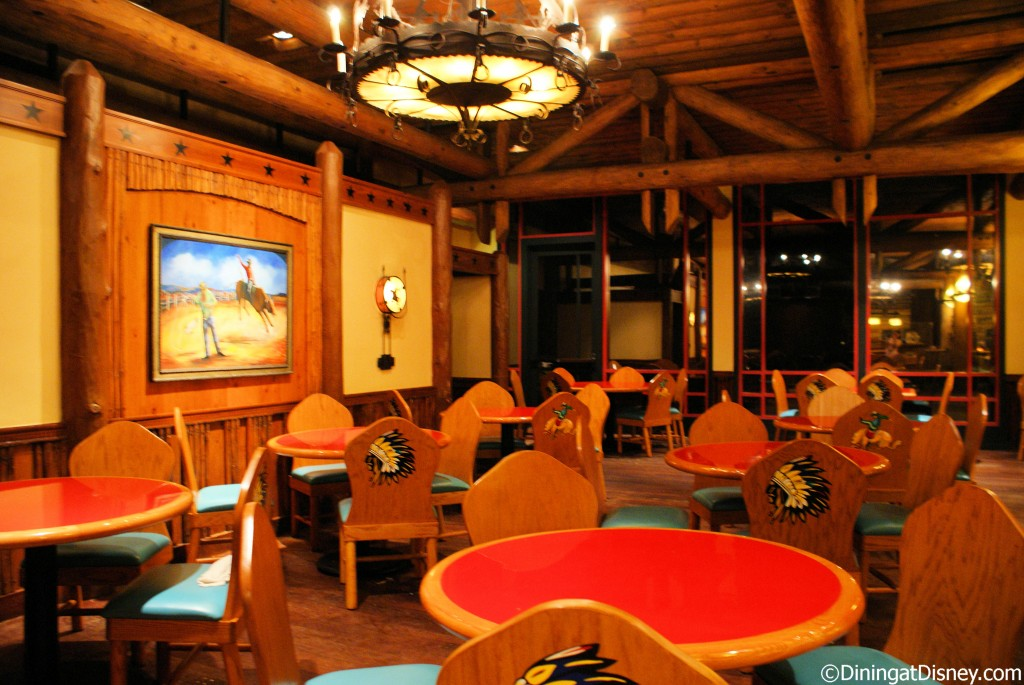Whispering Canyon Cafe dining room