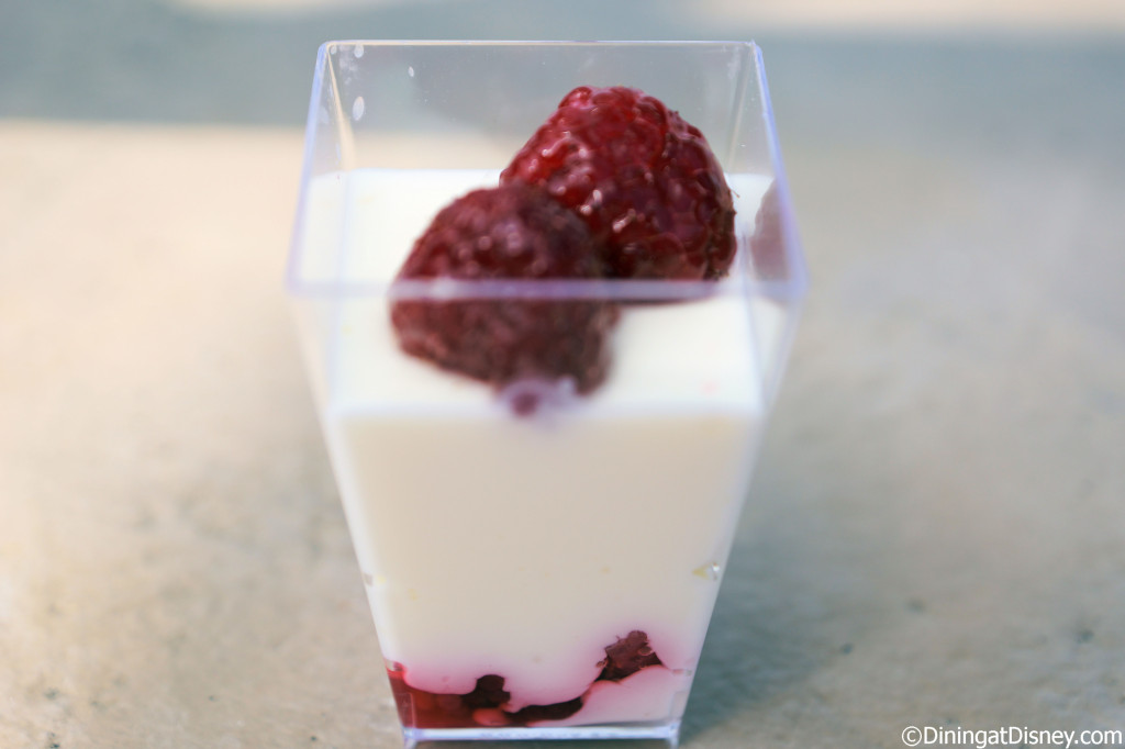 Primavera Kitchen - Panna cotta al Limoncello