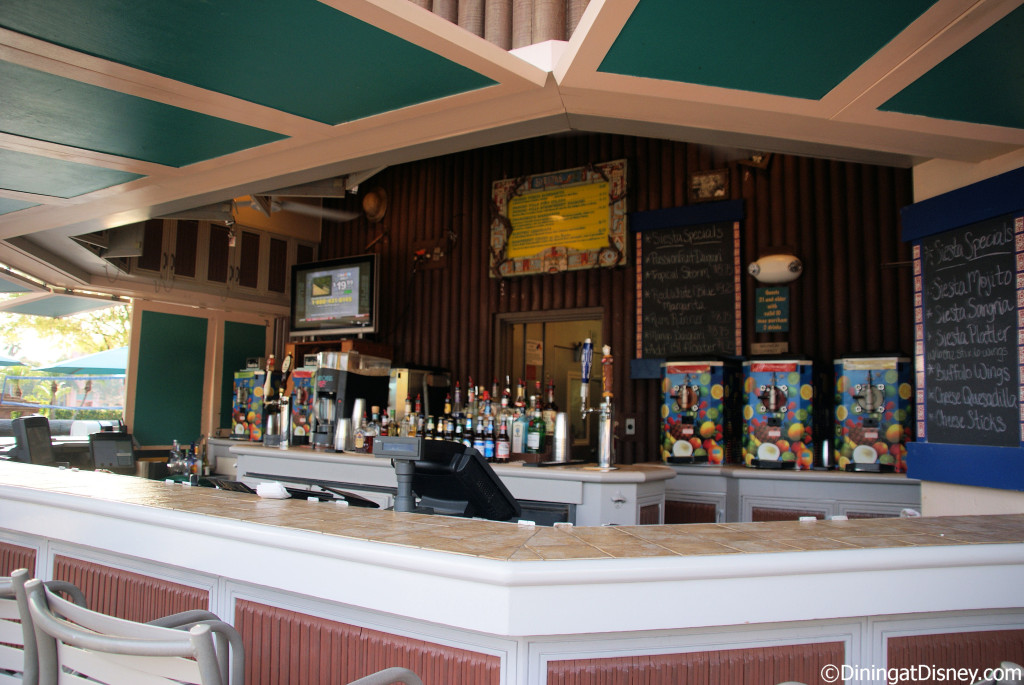 Siesta's Pool Bar - Coronado Springs