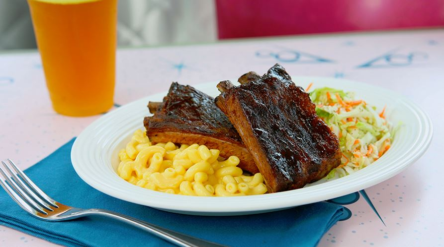 BBQ ribs from Flo's V8 Cafe