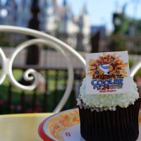 Coolest Summer Ever 24-hour event cupcake featuring Olaf from Disney's Frozen is available at Magic Kingdom