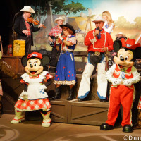 Mickey's Backyard BBQ at Fort Wilderness Campgrounds is a foot-stompin' good time.