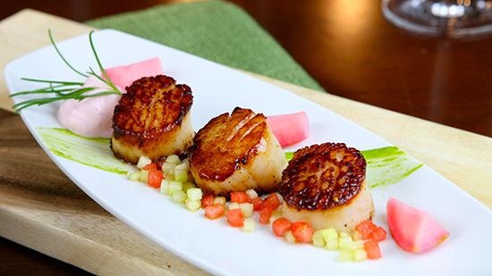 Sautéed Sea Scallops at Steakhouse 55 [photo by: Disney]