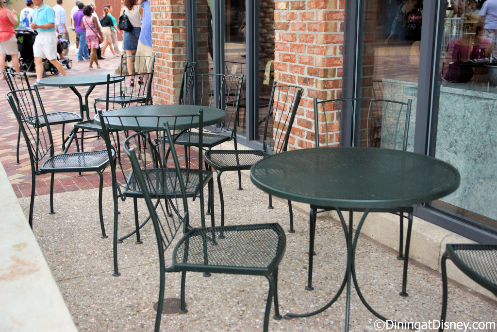 There is limited outdoor seating at Vivoli il Gelato in The Landing at Disney Springs