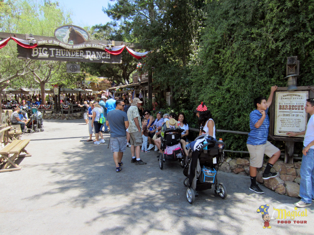 Big Thunder Ranch Barbecue restaurant entry way