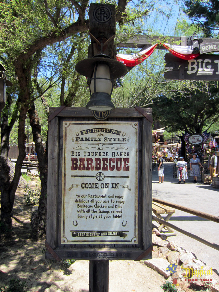 Big Thunder Ranch Barbecue restaurant sign