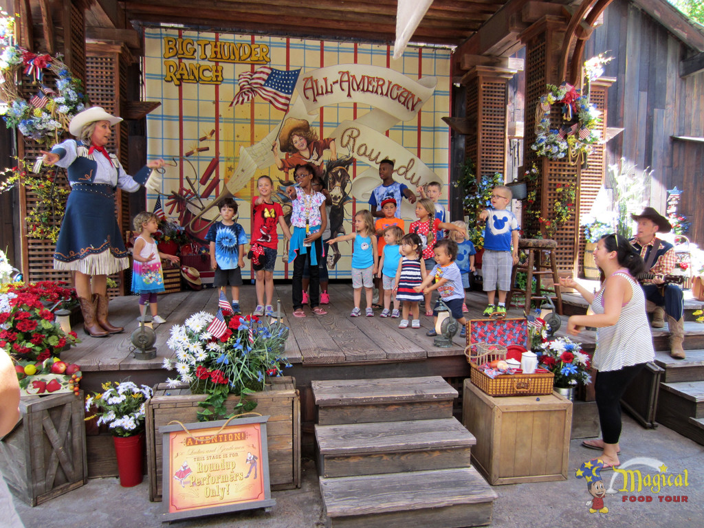 Big Thunder Ranch Stage with Kids