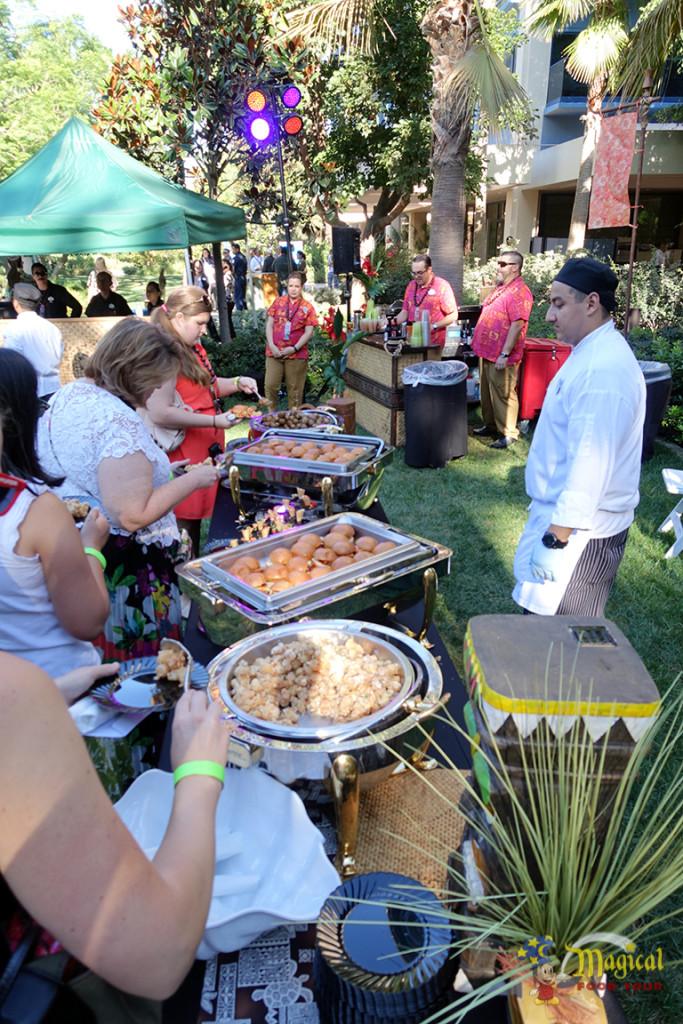 Tahitian Terrace Buffet Line