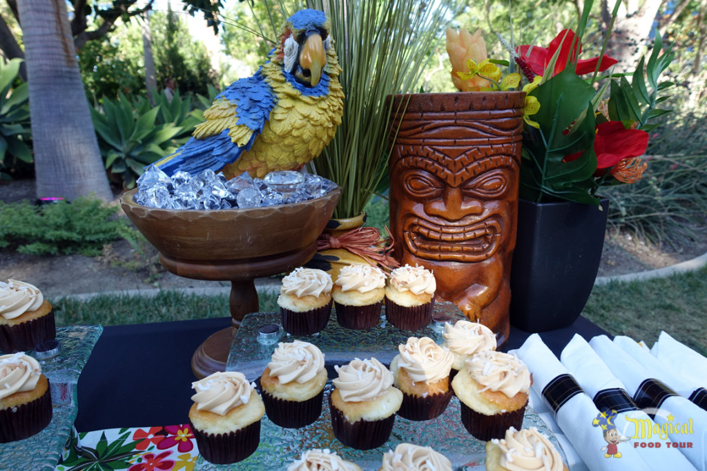 Tahitian Terrace Cupcake Display