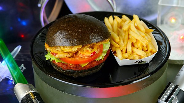 First Order Specialty Burger [image: Disney Parks Blog]
