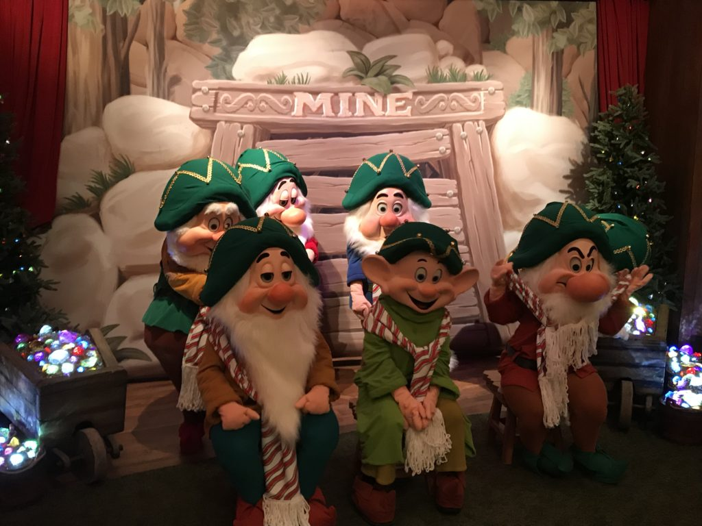 Mickey's Very Merry Christmas Party 2018 Characters
